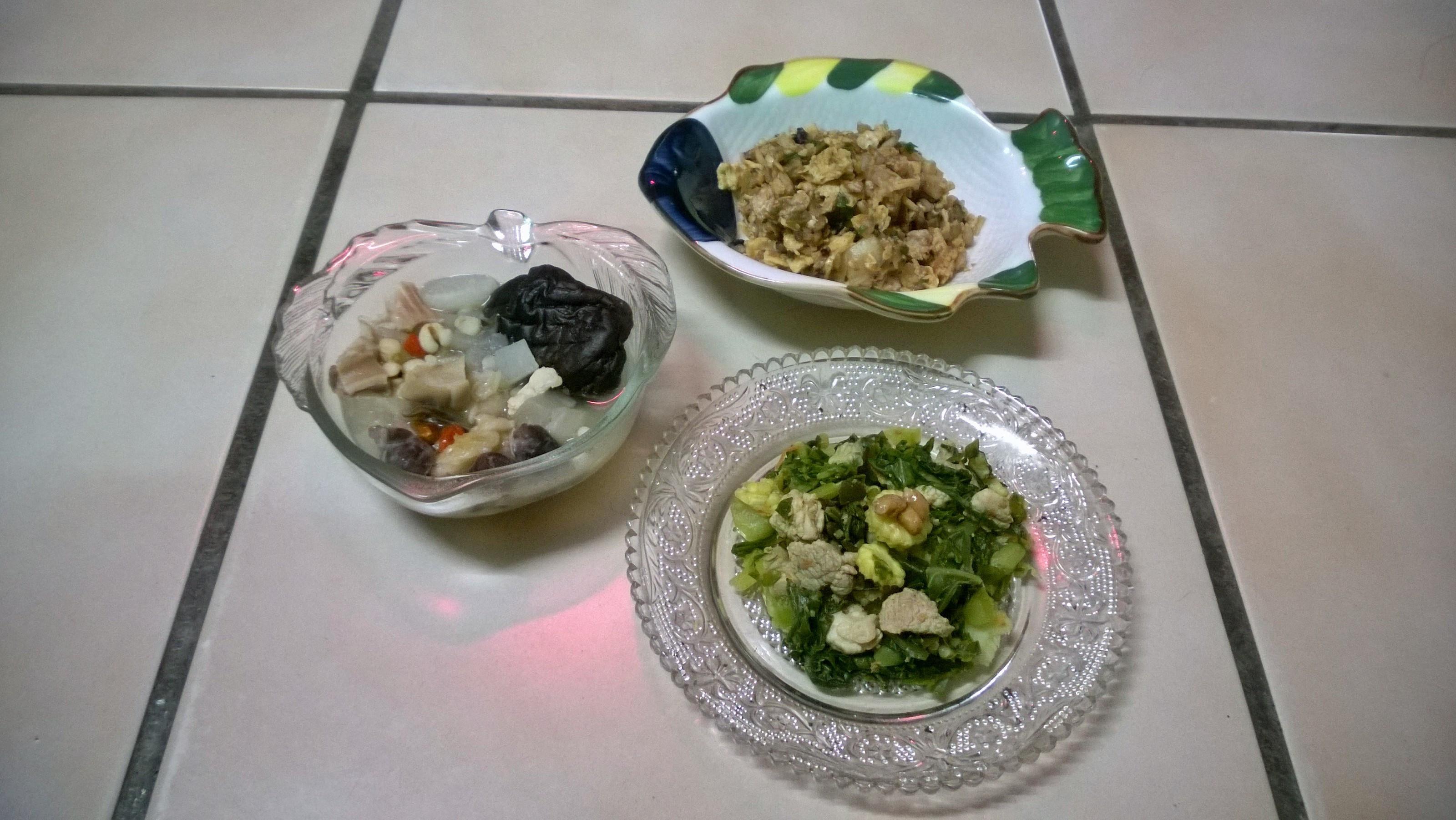 鮮食🐾薏仁豬肚湯 茄汁蛋炒飯 納豆拌菜