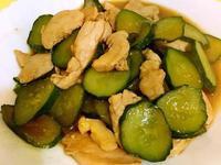 雞肉醬燒小黃瓜