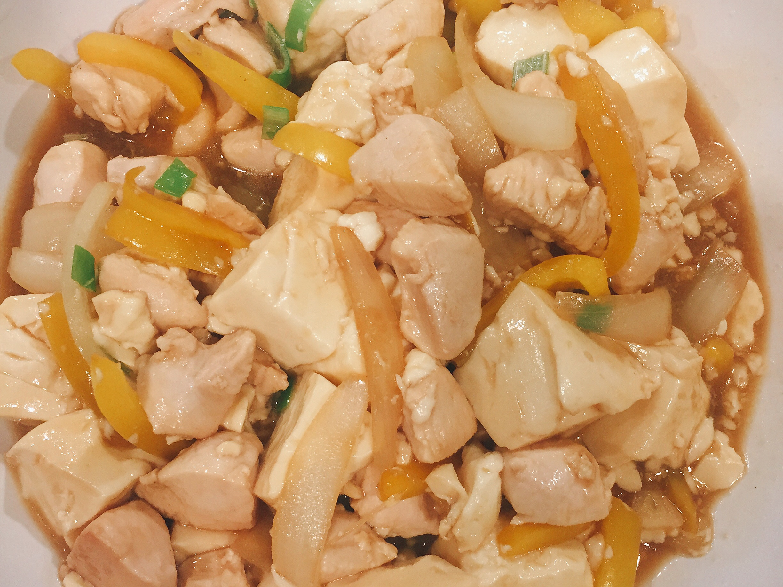 低卡料理日記Day3 洋蔥雞丁豆腐