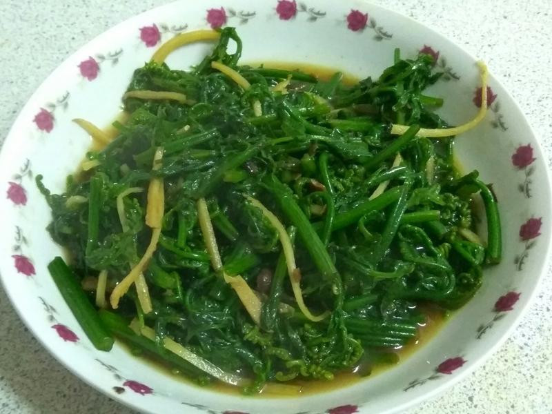 清炒野菜過貓