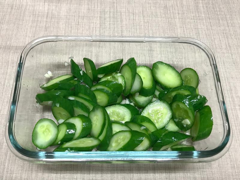 涼拌小黃瓜(川燙)