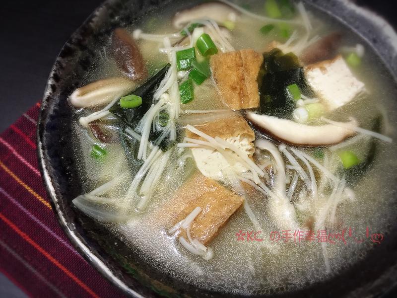 鮮菇油豆腐味增湯🍲