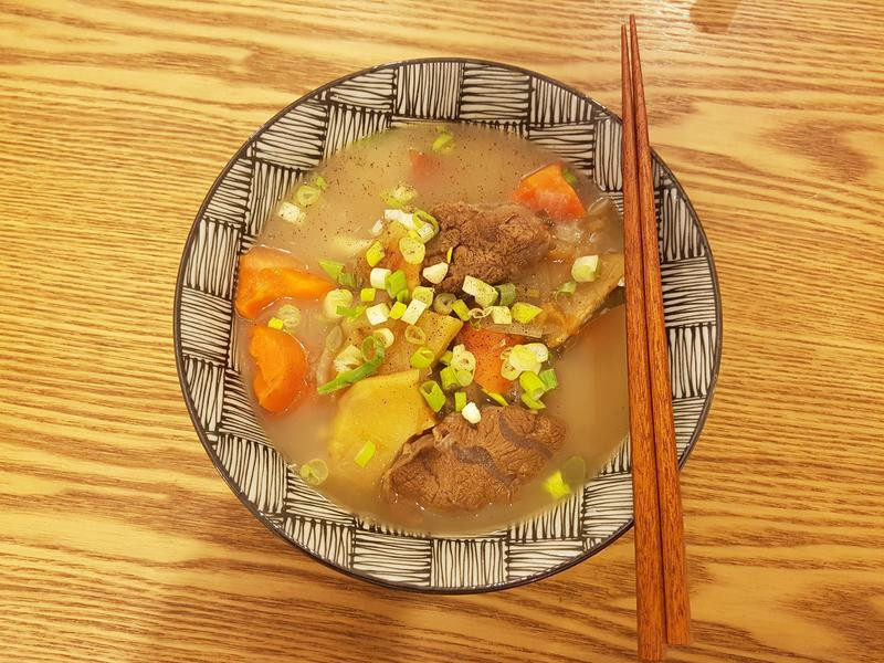 清燉蕃茄牛肉麵(牛腱)