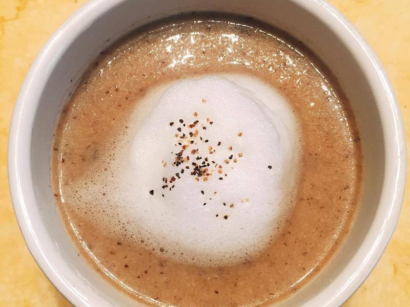 蘑菇cappuccino湯