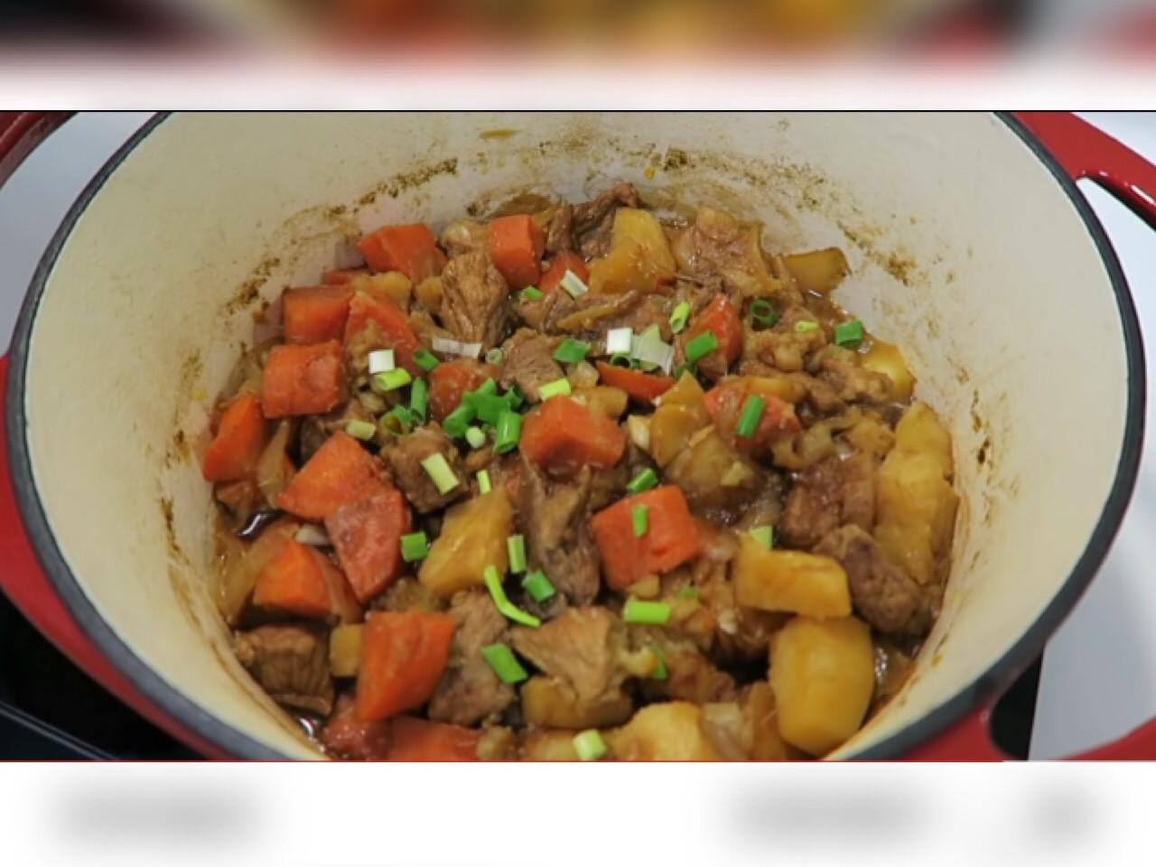 【簡單料理】快速上手 馬鈴薯燉肉