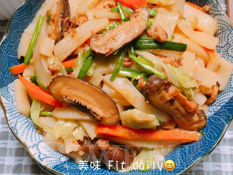 美味蔬菜炒板條