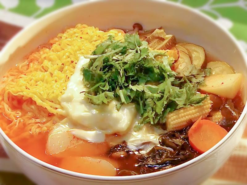韓式泡菜什錦鍋 │ 輕鬆煮