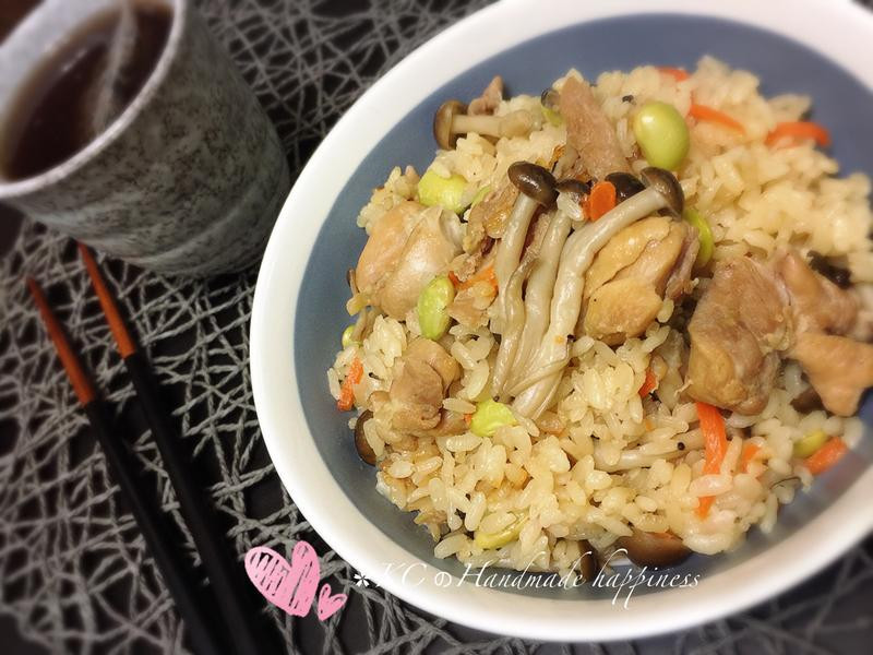 雞肉菇菇炊飯🍚