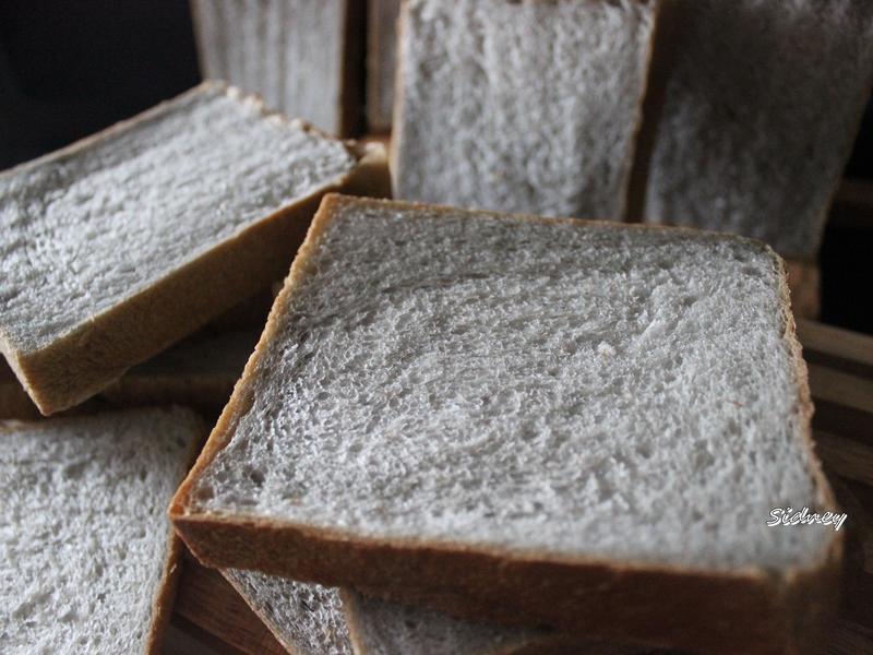 黑海鹽優格吐司