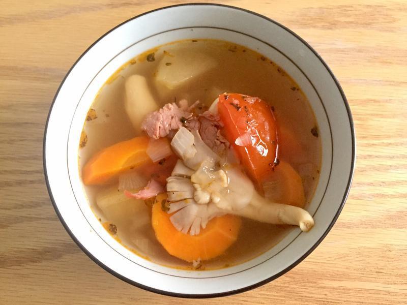 「一鍋到底料理」義式番茄蔬菜湯