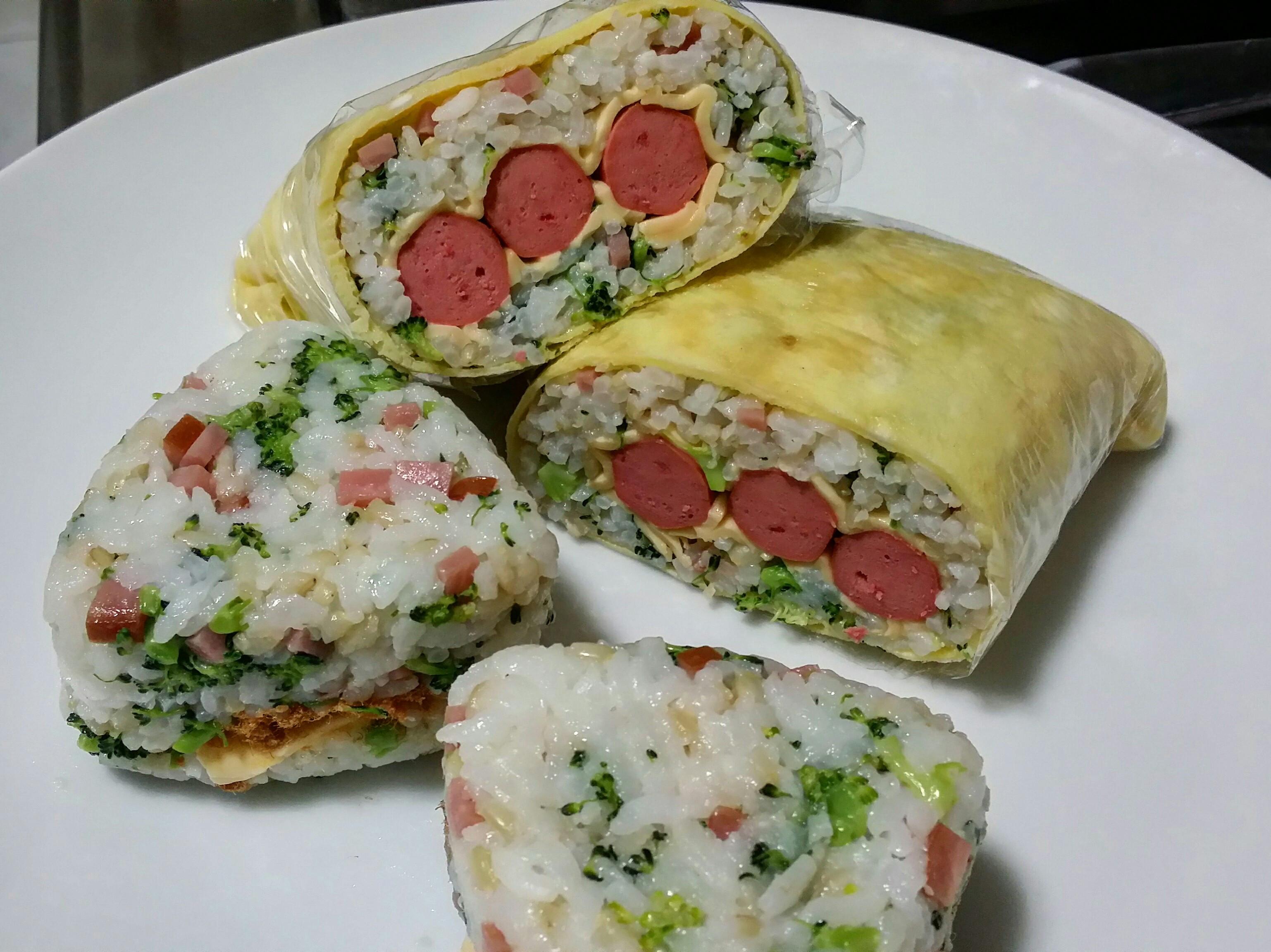 愛妻早餐~ 蛋包飯糰&三角飯糰