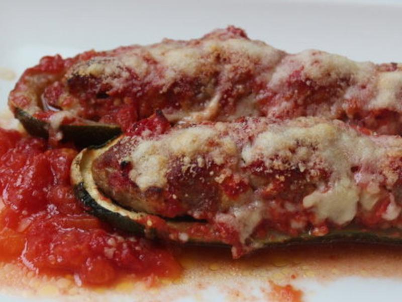 櫛瓜鑲肉Stuffed Zucchini