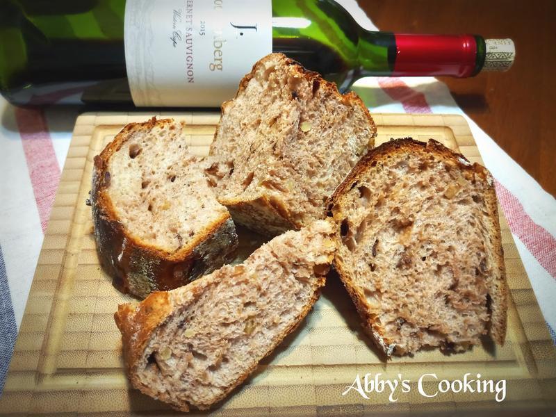 紅酒桂圓核桃麵包
