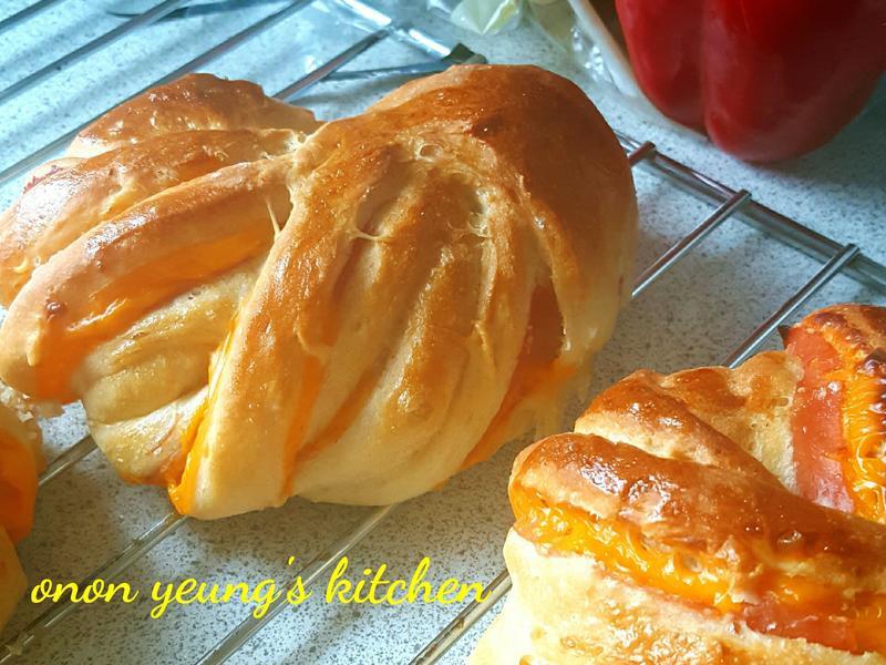 起司培根優格花型麵包