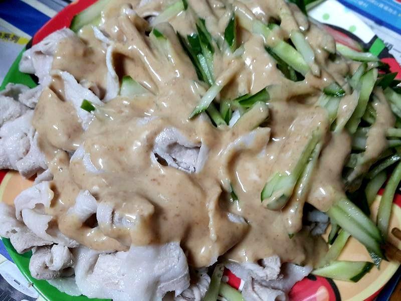 芝麻醬豬肉片