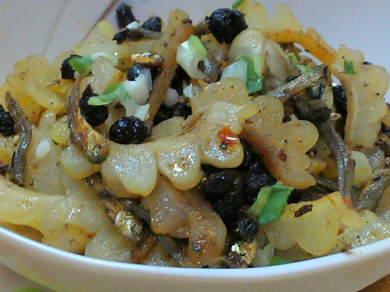 ㄚ曼達的廚房~豆豉小魚苦瓜蚵