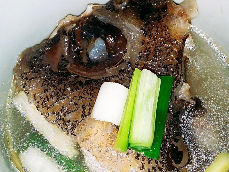 🐳🍶🍜麻油魚頭湯