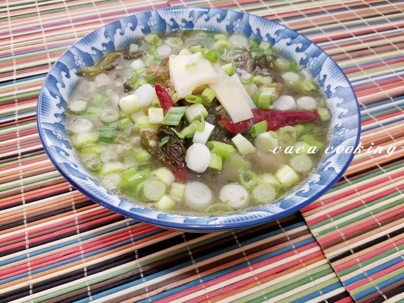 酸菜肉片湯
