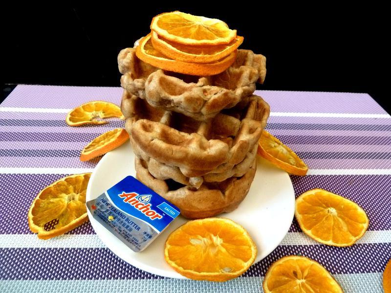《永新沙拉》美奶滋做比利時烈日鬆餅~酥脆