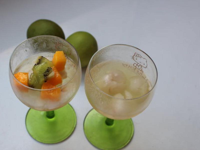 白酒荔枝果凍