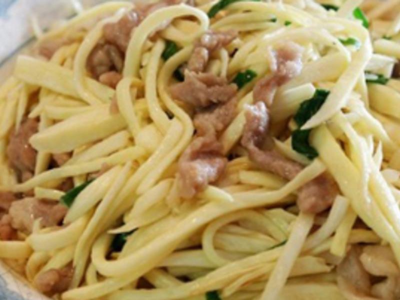 皎白筍炒肉絲
