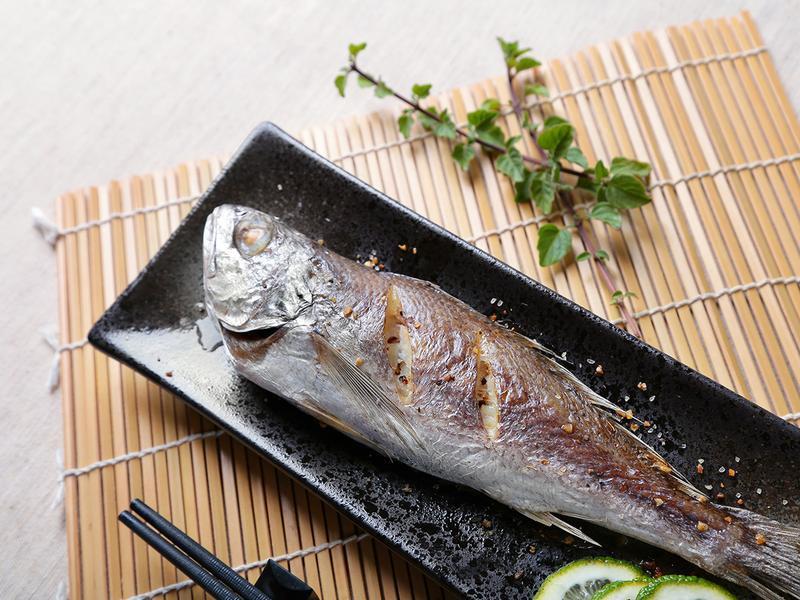 【懶人烤箱術】海鹽黑喉魚
