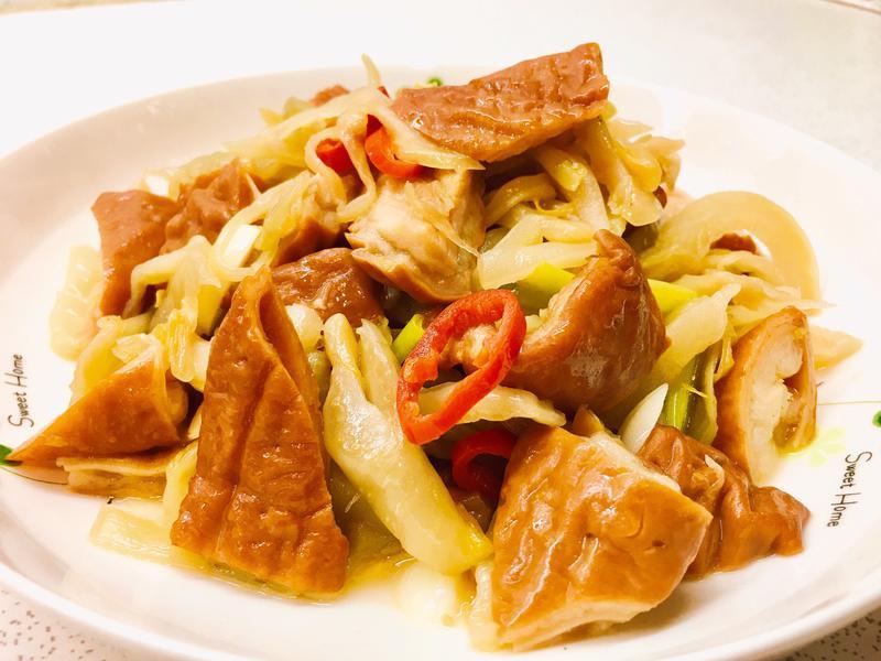 酸菜炒肥腸