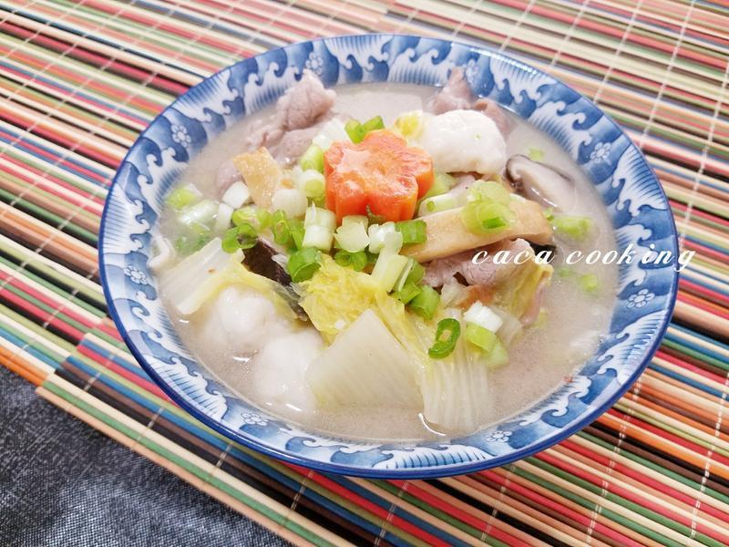 什錦刀削湯麵