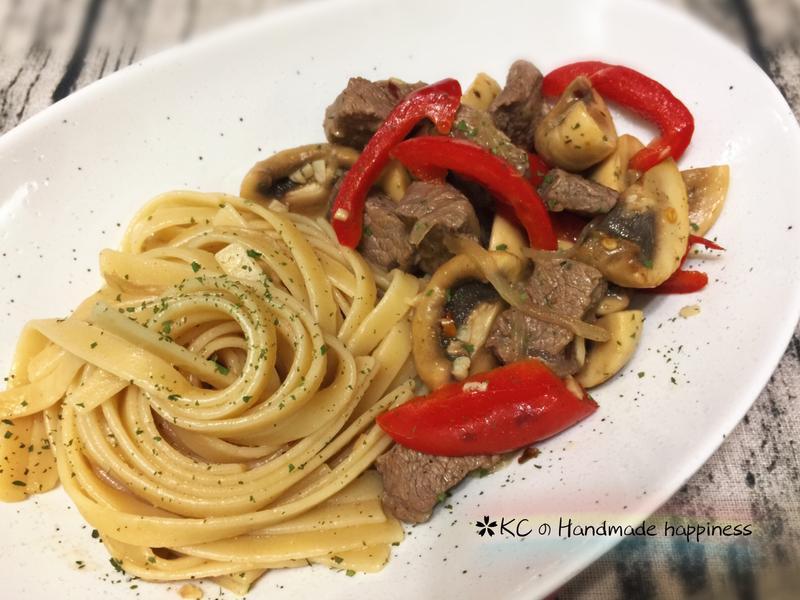 辣味牛肉蘑菇義麵🍝