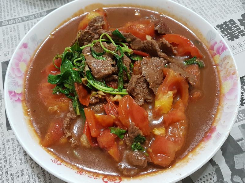 塔香蕃茄炒牛肉