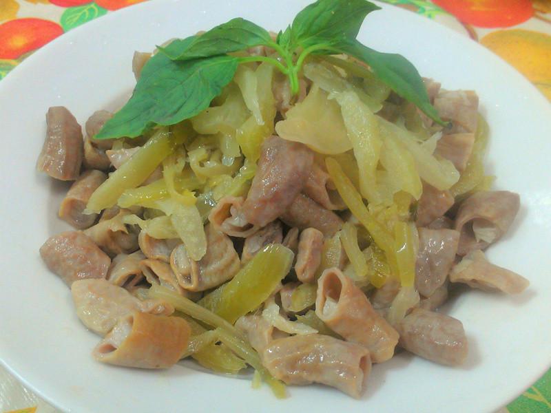 ㄚ曼達的廚房~酸菜小腸