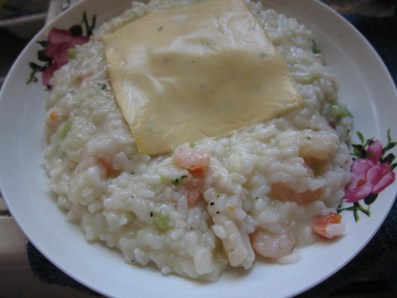 十分輕鬆料理DIY-桂冠輕鬆生活起司海鮮飯