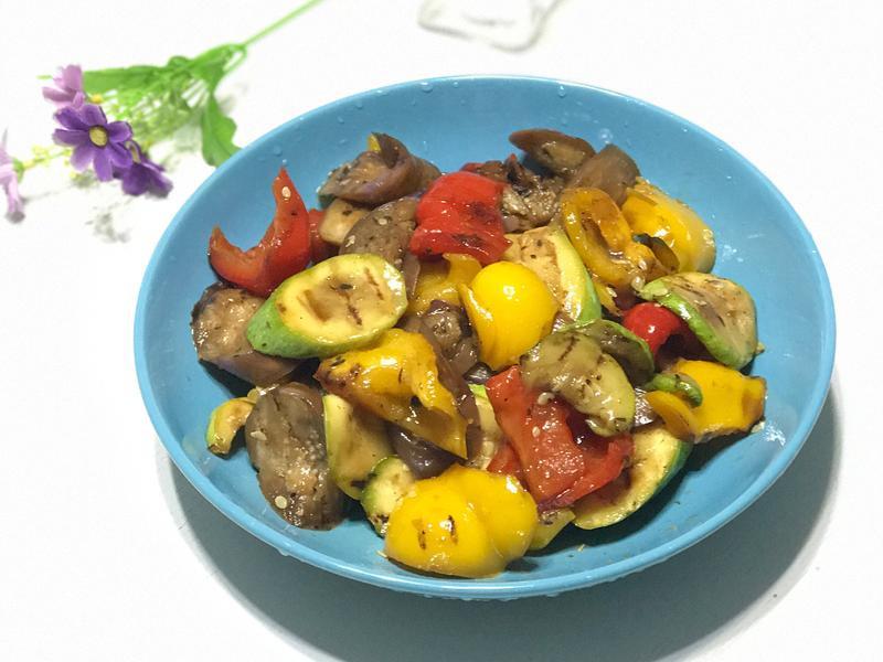 燒蔬菜沙拉Grilled salad