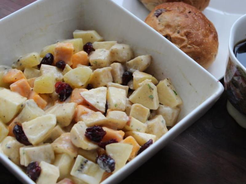 水果綜合沙拉佐蛋黃醬