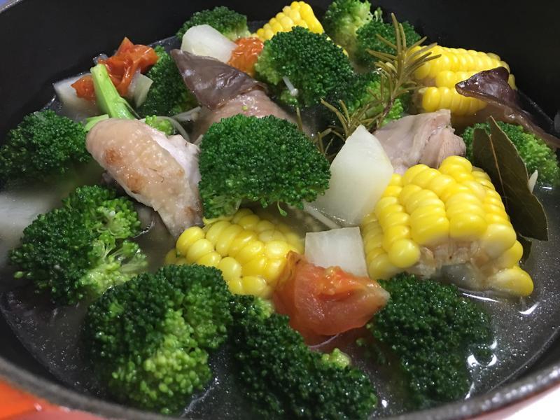 田園蔬菜雞湯