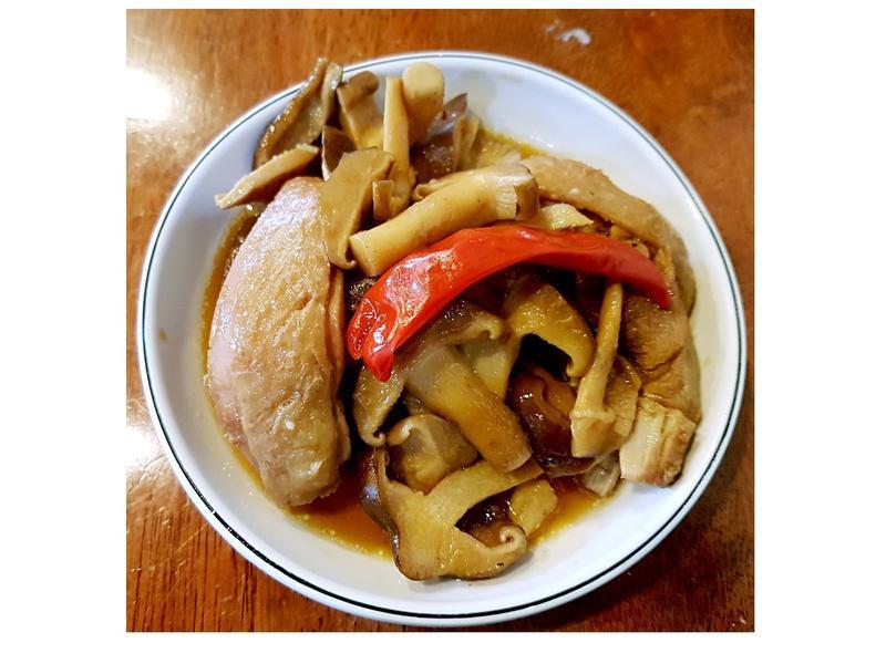 最愛懶人料理~醬香鮮菇雞