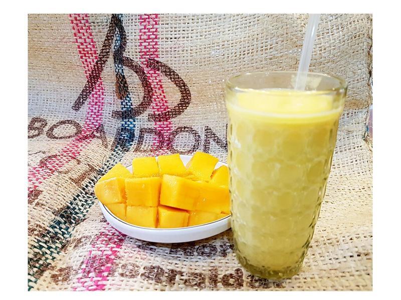 雙果牛奶(芒果+新鮮椰果)