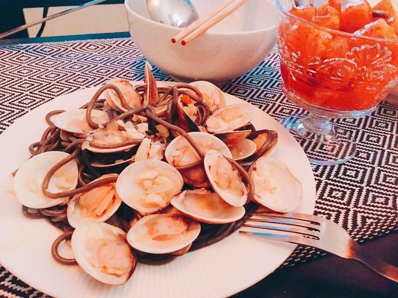 墨魚蛤蜊義大利麵-鮮甜到把盤子都想舔乾淨
