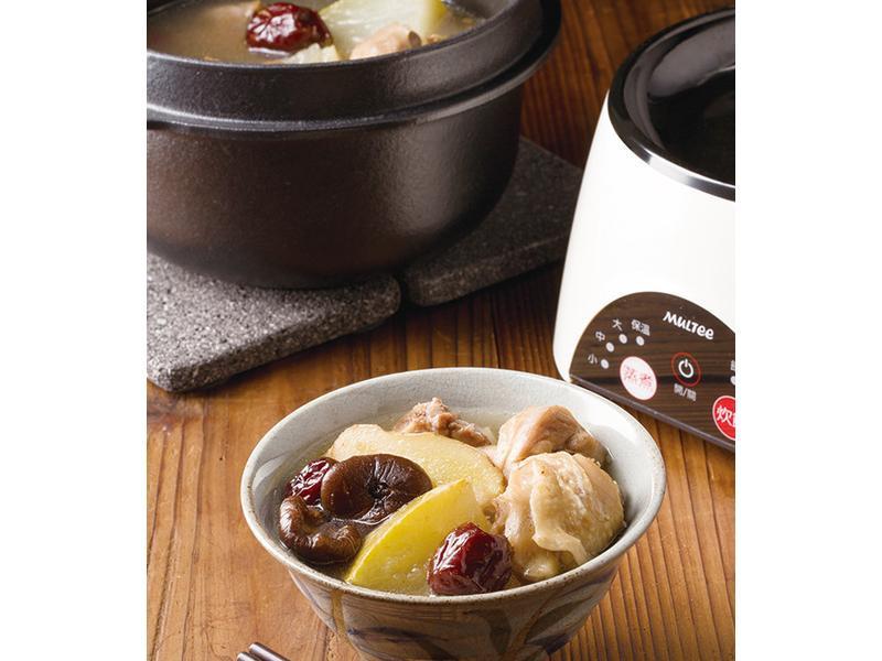 【摩堤_鑄鐵鍋料理】冬瓜鮮煲湯