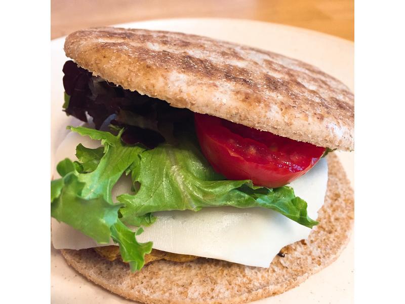 『低卡高蛋白』鮪魚漢堡
