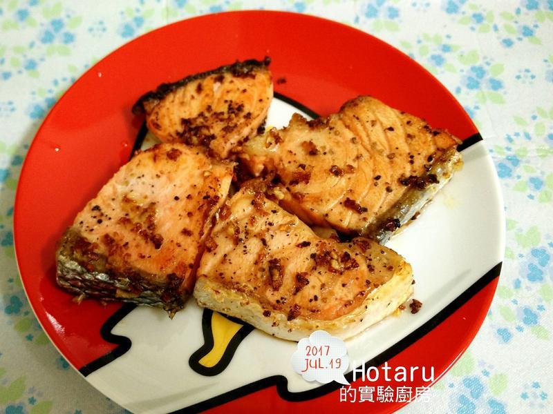奶油香蒜煎鮭魚