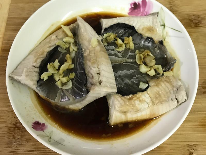 蒜頭醬油蒸虱目魚