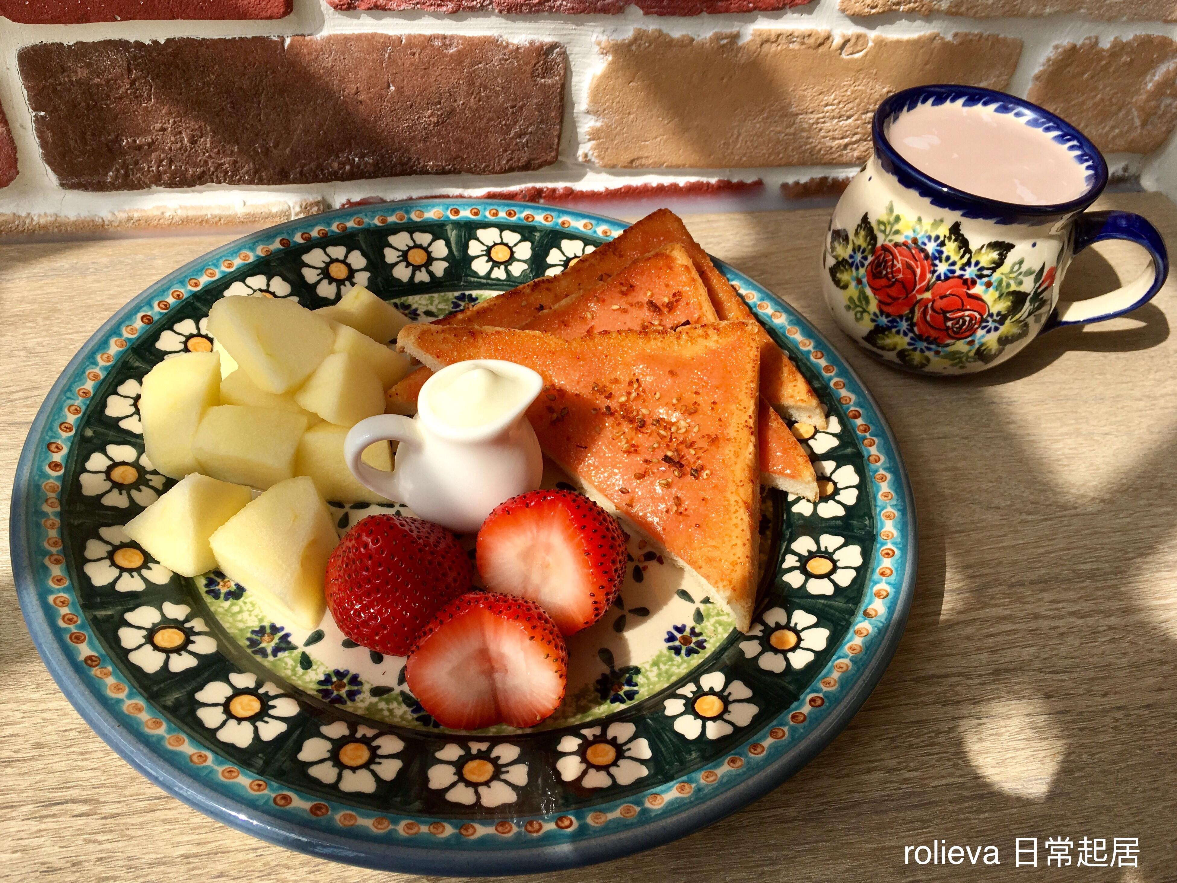 優格酥烤明太子🍎🍓巧克力牛奶