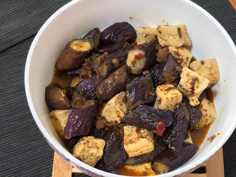 肉醬燉豆腐茄子(簡單版)