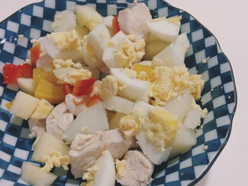 喵星人鮮食:雞肉溫沙拉