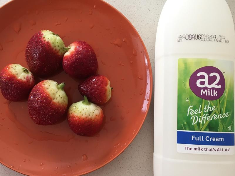 草莓牛奶🍓