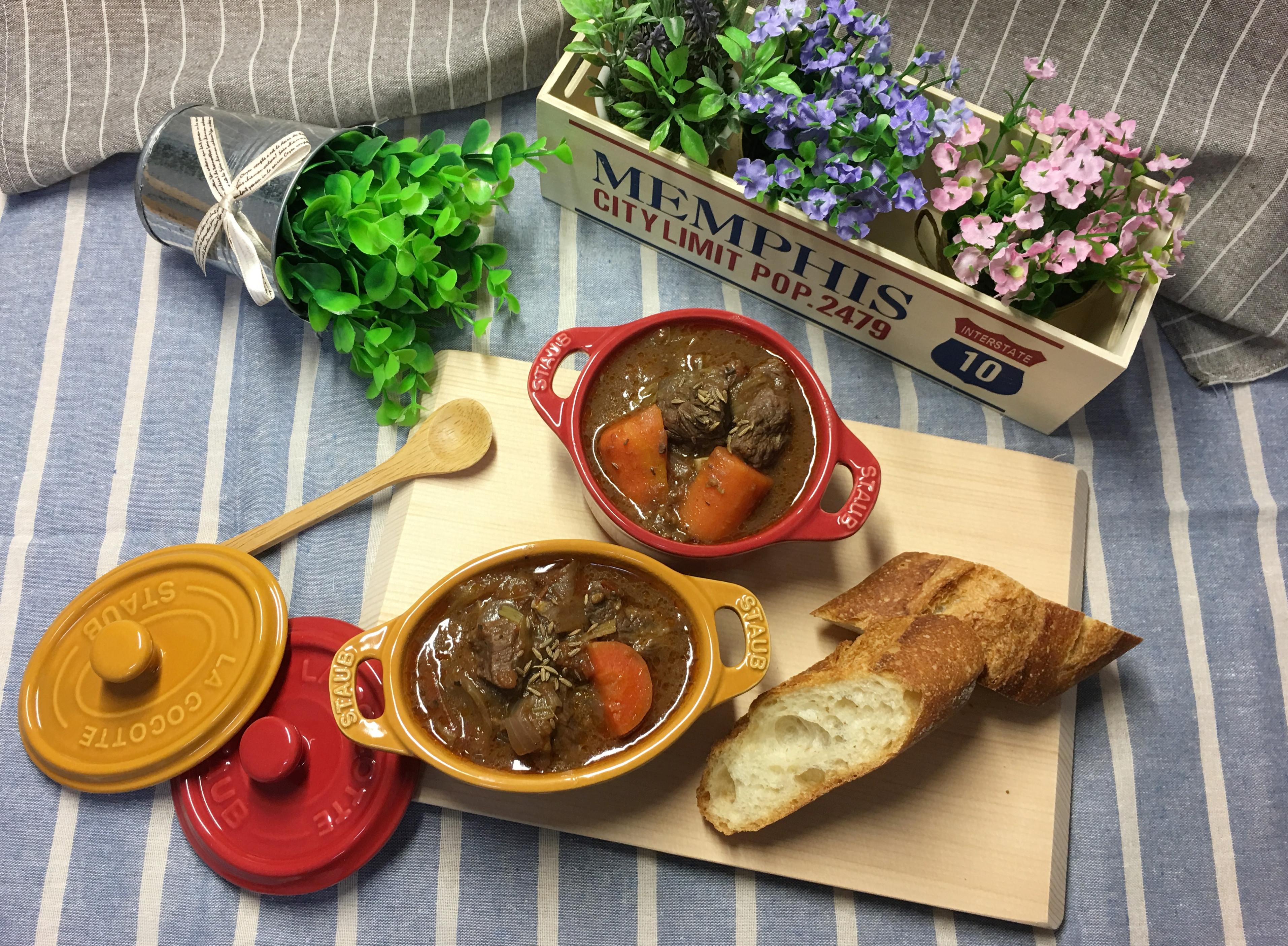 經典名菜‧紅酒燉牛肉,一鍋到底輕鬆上菜