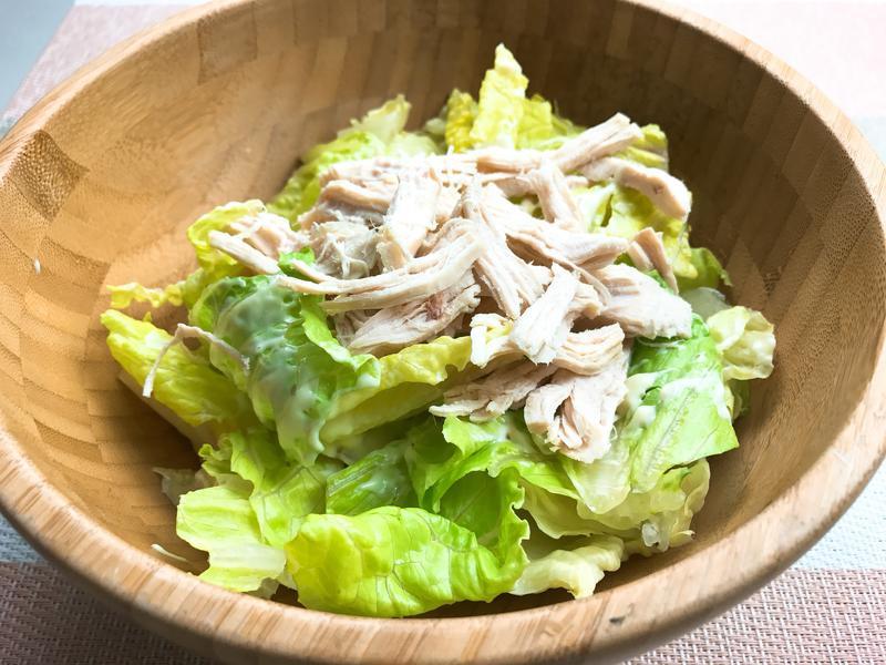 雞胸肉塔塔生菜沙拉