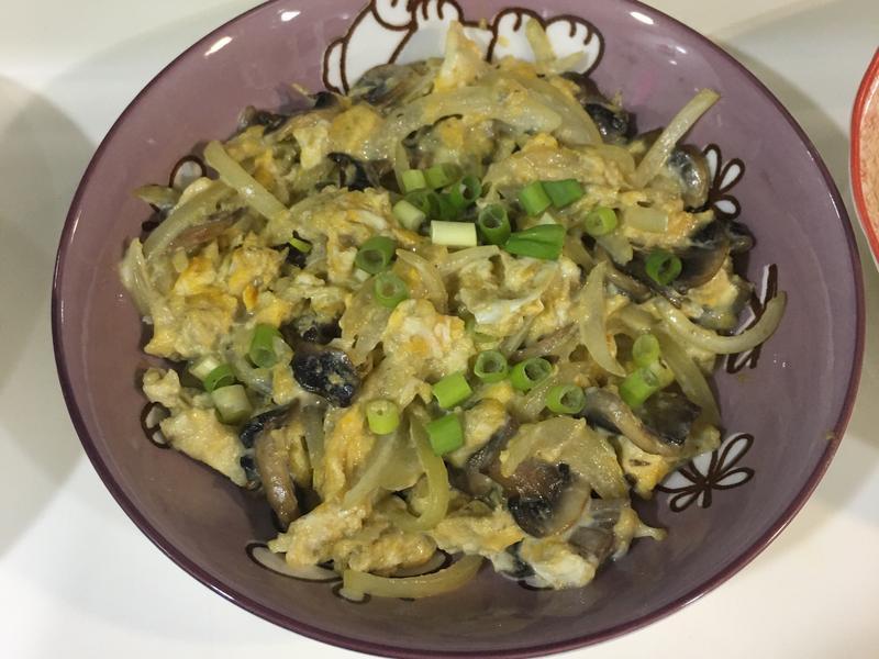 洋蔥起司蘑菇蛋