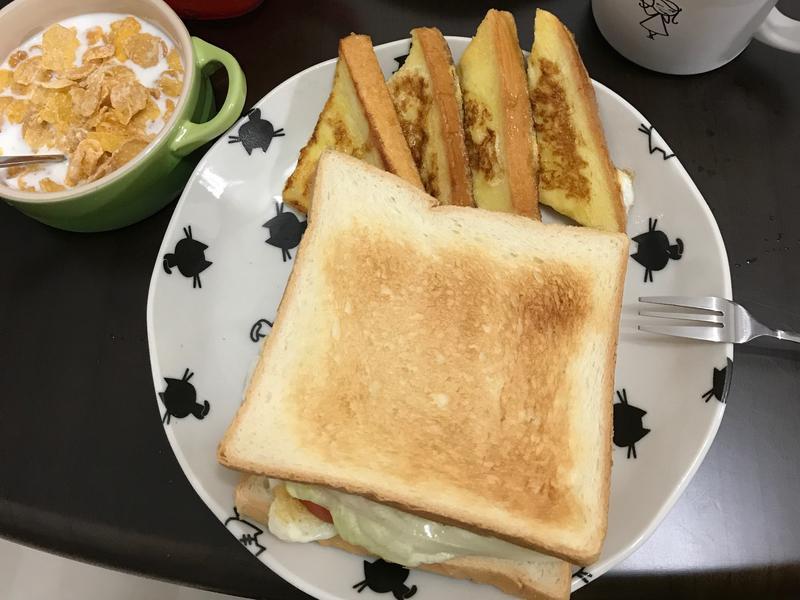 美味早午餐 法式吐司+火腿三明治